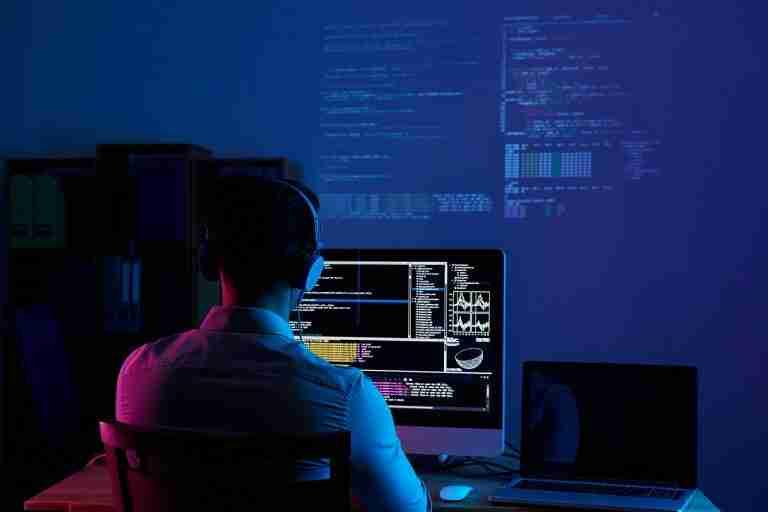 Tech-Blogger-software-developer